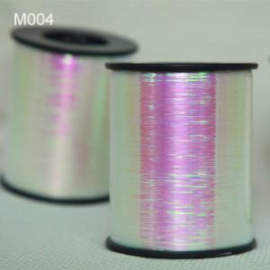 M004 Metallic Yarn
