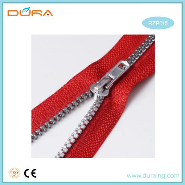 RZP015 Resin Zipper Featured Image