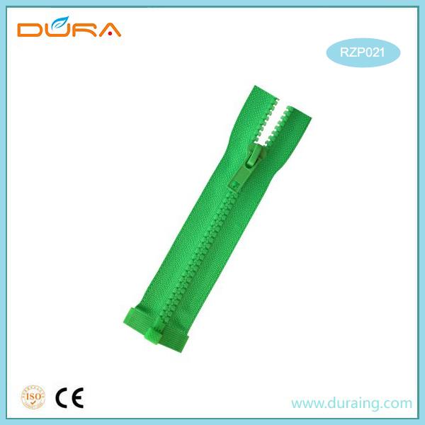 RZP021 Resin Zipper Featured Image