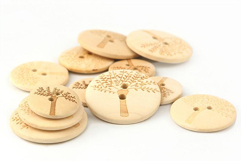 WDBT02 wooden button 041